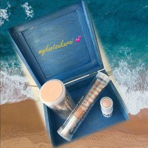 ⭐️Holographic Milk Makeup Bundle ⭐️